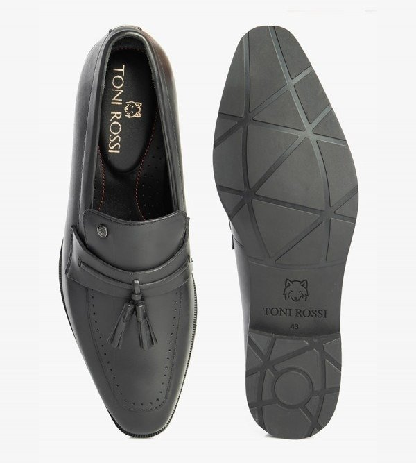 slip-ons-shoes-monte-black-top-bottom-side-angle